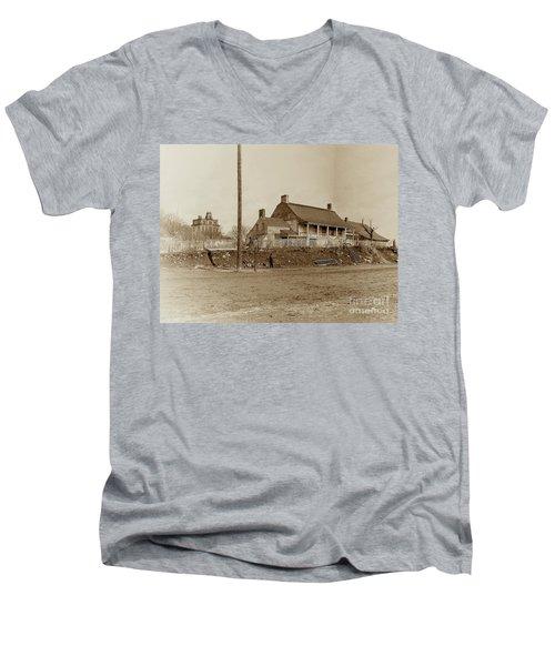 Dyckman House  Men's V-Neck T-Shirt
