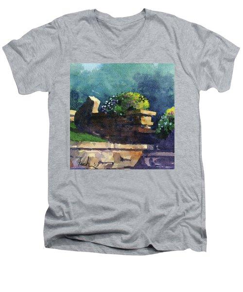 Eagle Point Planter Men's V-Neck T-Shirt