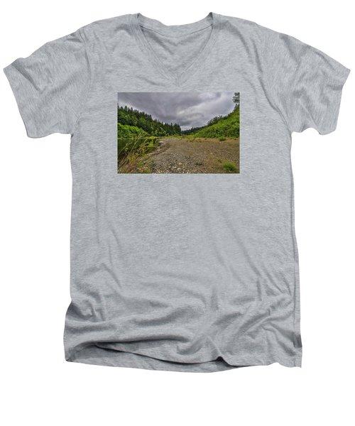 Eel River Hdr Men's V-Neck T-Shirt