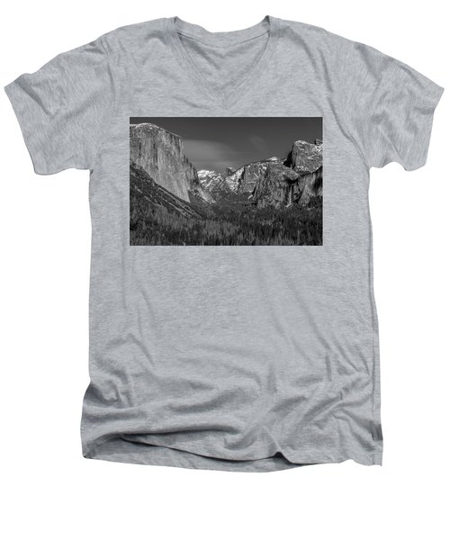 El Capitan And Half Dome Men's V-Neck T-Shirt