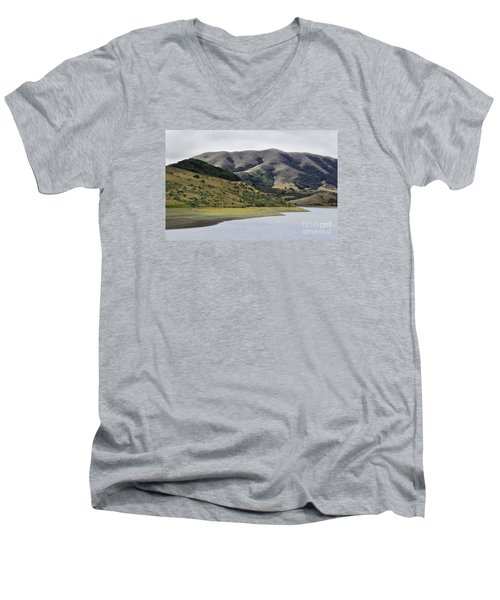 Elephant Hill Men's V-Neck T-Shirt