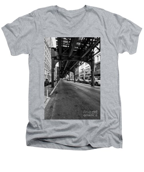 Elevated Train Track The Loop In Chicago, Il Men's V-Neck T-Shirt