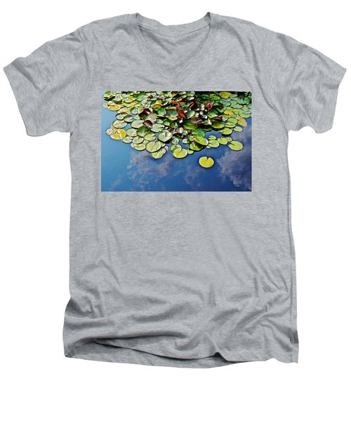 End Of July Water Lilies In The Clouds Men's V-Neck T-Shirt