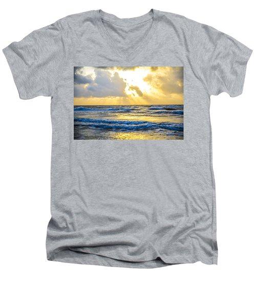 End Of The Season Padre 47 Men's V-Neck T-Shirt