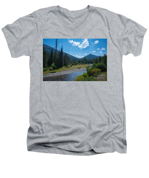 Entering Yellowstone National Park Men's V-Neck T-Shirt