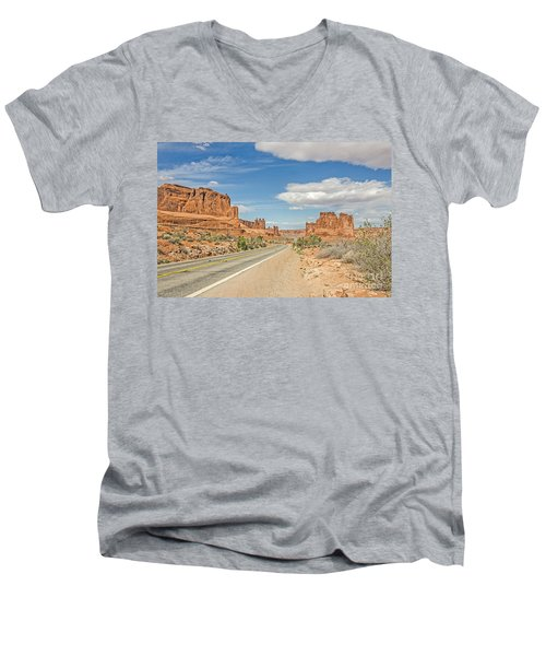 Entrada Sandstone Formations Men's V-Neck T-Shirt by Sue Smith