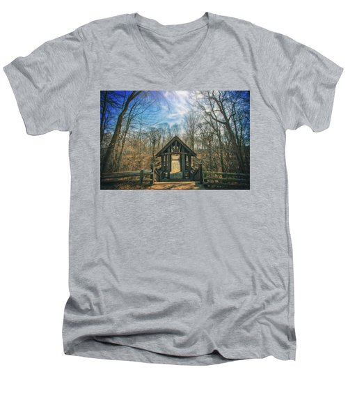 Men's V-Neck T-Shirt featuring the photograph Entrance To Seven Bridges - Grant Park - South Milwaukee #3 by Jennifer Rondinelli Reilly - Fine Art Photography