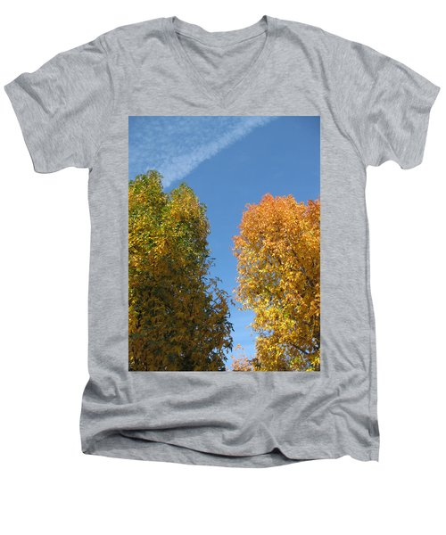 Equinox Men's V-Neck T-Shirt