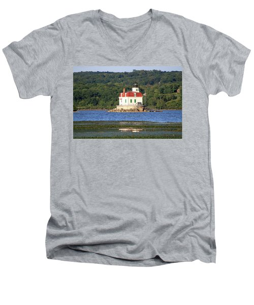 Men's V-Neck T-Shirt featuring the photograph Esopus Lighthouse In Summer #4 by Jeff Severson