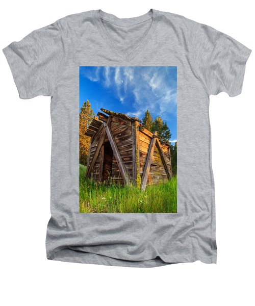 Evening Light On An Old Cabin Men's V-Neck T-Shirt