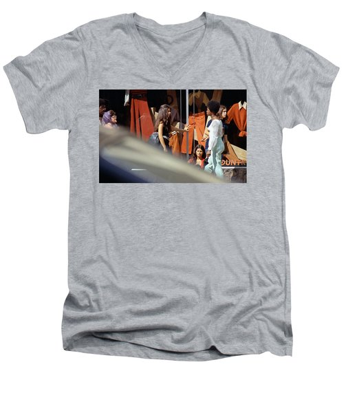 Fall Colors And Bus Riders Men's V-Neck T-Shirt