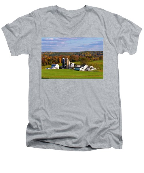 Fall In Amish Country Men's V-Neck T-Shirt