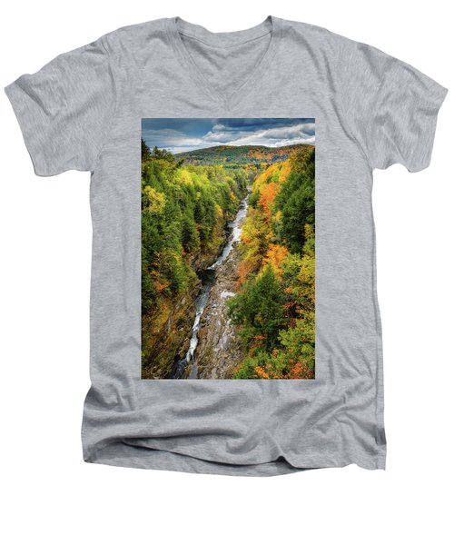 Fall Quechee Gorge, Vt Men's V-Neck T-Shirt