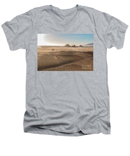 Family Walking On Sand Towards Ocean Men's V-Neck T-Shirt
