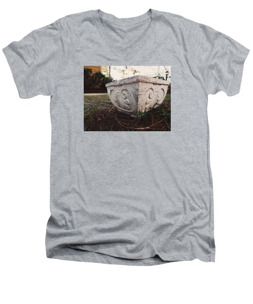 Fancy Pottery Men's V-Neck T-Shirt
