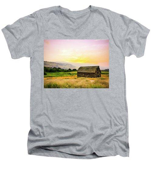 Twilight At The Okanagan Farm House Canada Men's V-Neck T-Shirt
