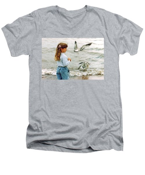 Feeding Gulls Men's V-Neck T-Shirt