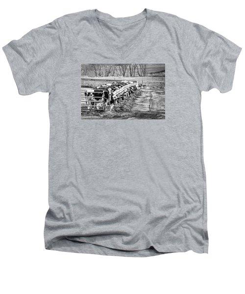 Feedlot Men's V-Neck T-Shirt