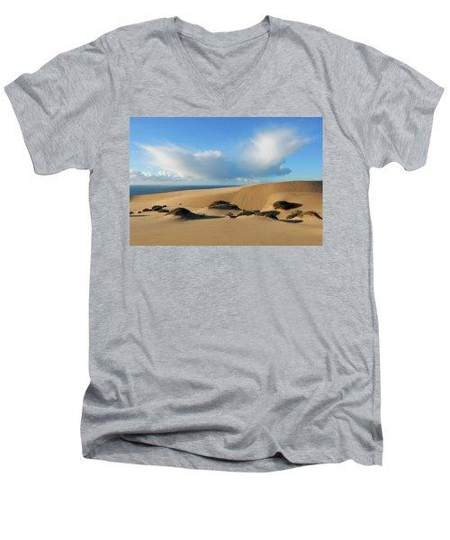 Feeling The Love Men's V-Neck T-Shirt