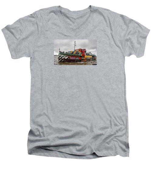 Ferry Cross The Mersey - Razzle Boat Snowdrop Men's V-Neck T-Shirt