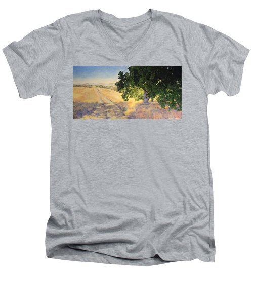Field Oak Men's V-Neck T-Shirt