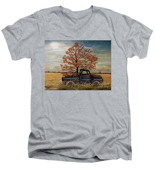 Field Ornaments Men's V-Neck T-Shirt