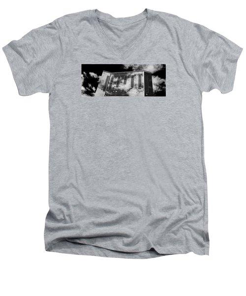 Fla-150531-nd800e-25118-bw Men's V-Neck T-Shirt