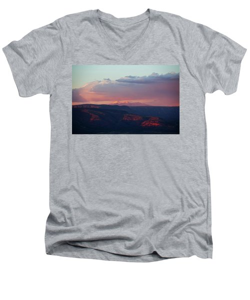 Men's V-Neck T-Shirt featuring the photograph Flagstaff's San Francisco Peaks Snowy Sunset by Ron Chilston