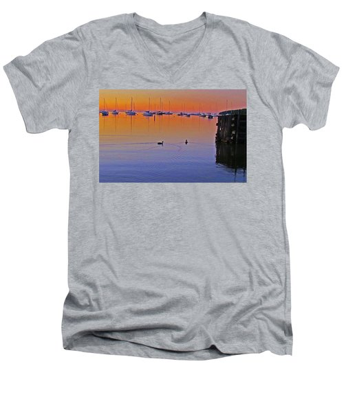 Floating Men's V-Neck T-Shirt