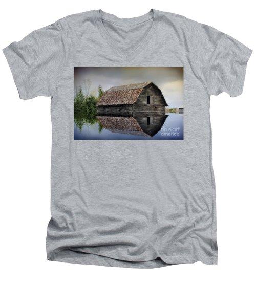 Flooded Barn Men's V-Neck T-Shirt