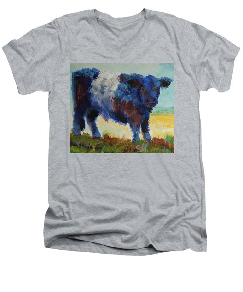 Fluffy Shaggy Belted Galloway Cow - Cow With A White Stripe Men's V-Neck T-Shirt
