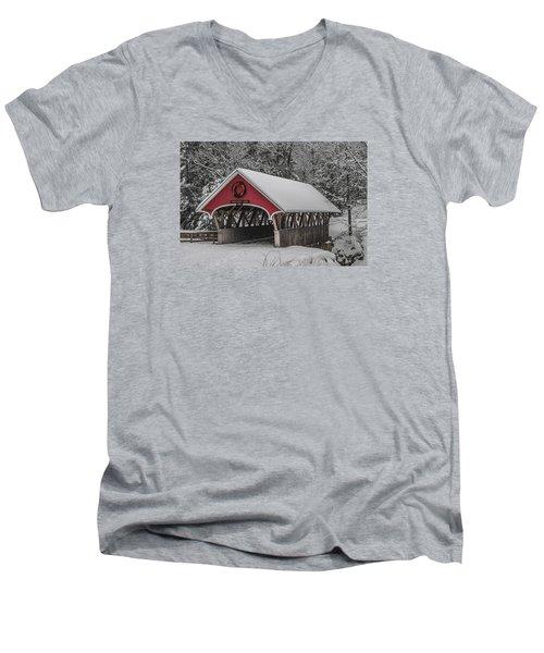 Flume Covered Bridge In Winter Men's V-Neck T-Shirt