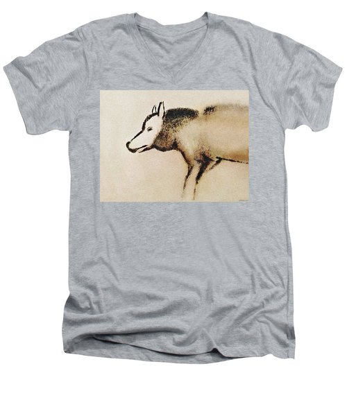 Font De Gaume Wolf Men's V-Neck T-Shirt