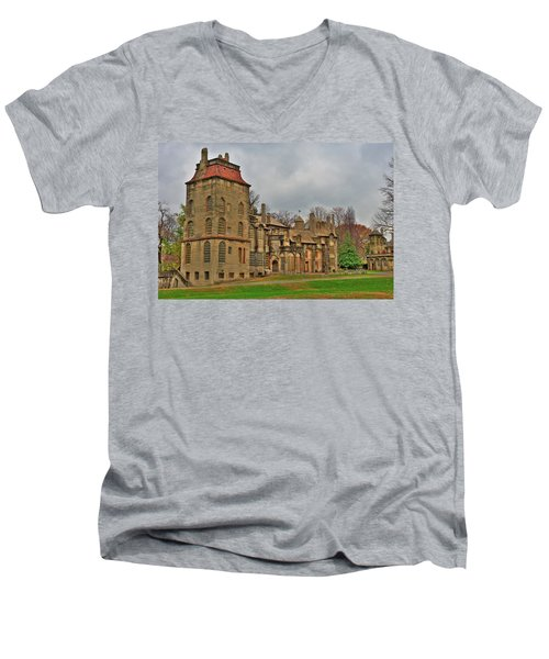 Fonthill Castle Men's V-Neck T-Shirt