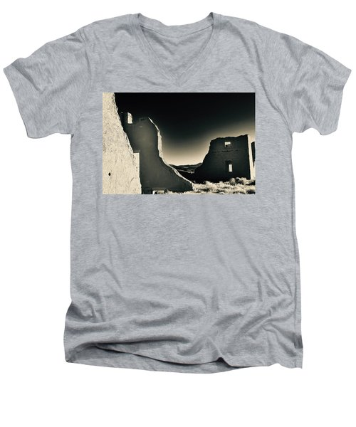 Fort Churchill State Historic Park Men's V-Neck T-Shirt