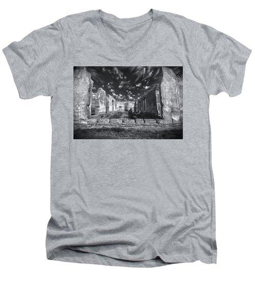 Fort Laramie Men's V-Neck T-Shirt