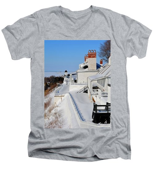 Fort Mackinac Profile Men's V-Neck T-Shirt