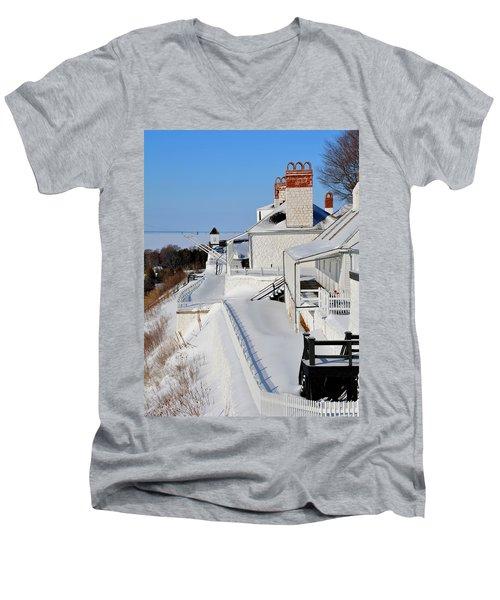 Fort Mackinac Profile Men's V-Neck T-Shirt