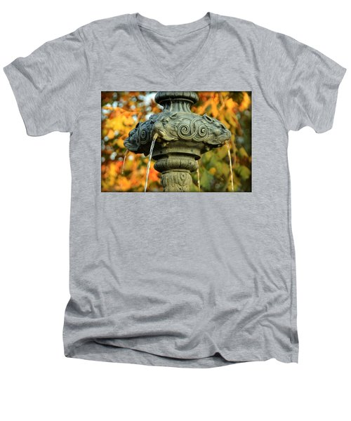 Men's V-Neck T-Shirt featuring the photograph Fountain At Union Park by Chris Berry