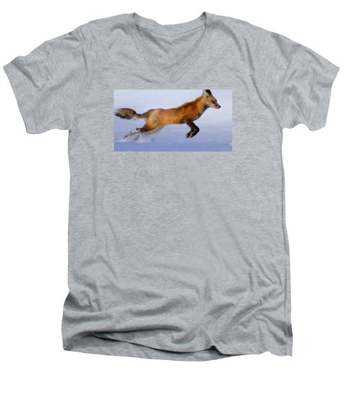 Fox On The Run Men's V-Neck T-Shirt