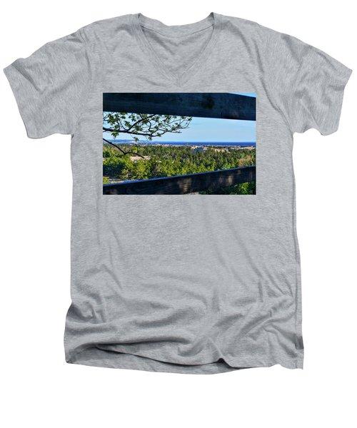 Framed View Men's V-Neck T-Shirt