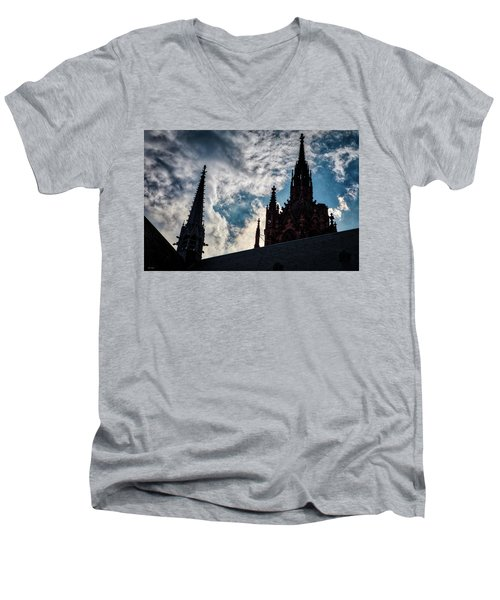 Frankfurt Cathedral Men's V-Neck T-Shirt