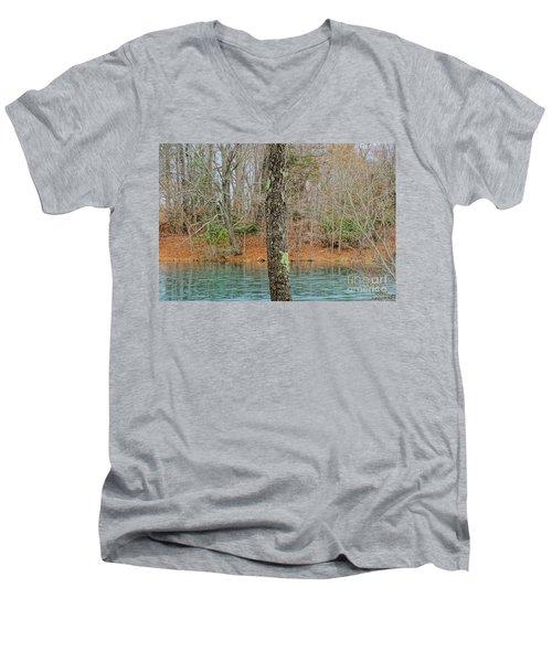 Freeze Frame Men's V-Neck T-Shirt