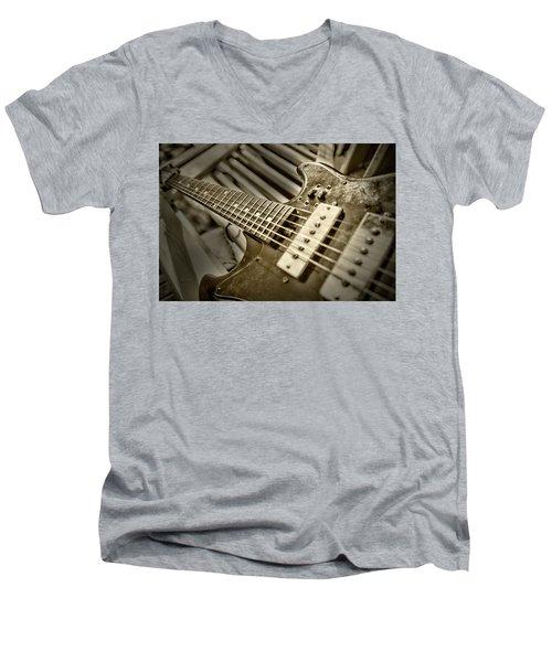 Frettin Men's V-Neck T-Shirt