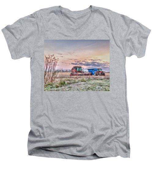Frosty Farm Morning Men's V-Neck T-Shirt