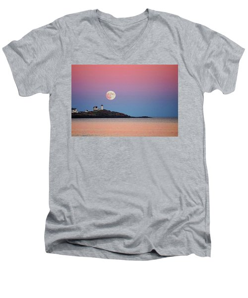 Full Moon Rising At Nubble Light Men's V-Neck T-Shirt