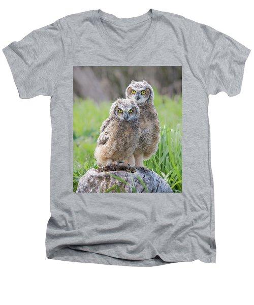 Furrballs Men's V-Neck T-Shirt