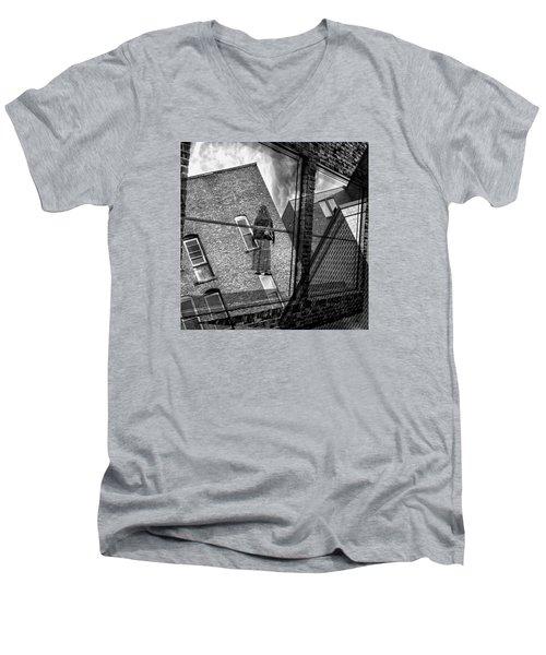 Gallery Noir Men's V-Neck T-Shirt