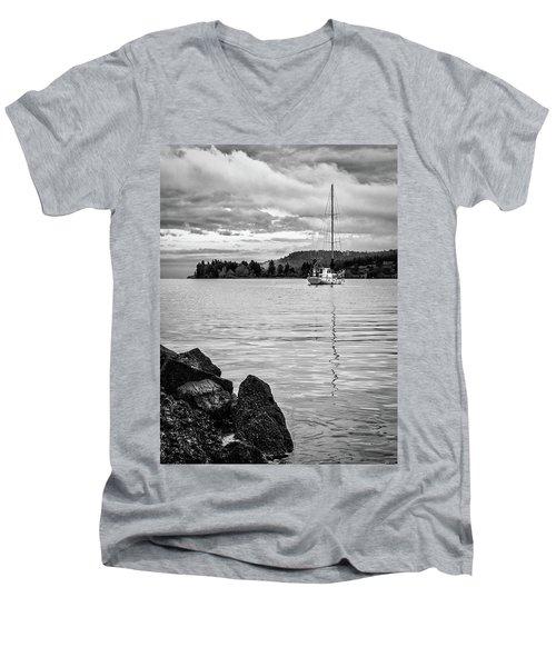 Gange Solace Men's V-Neck T-Shirt