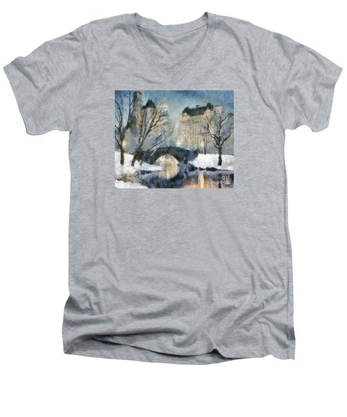 Gapstow Bridge In Snow Men's V-Neck T-Shirt